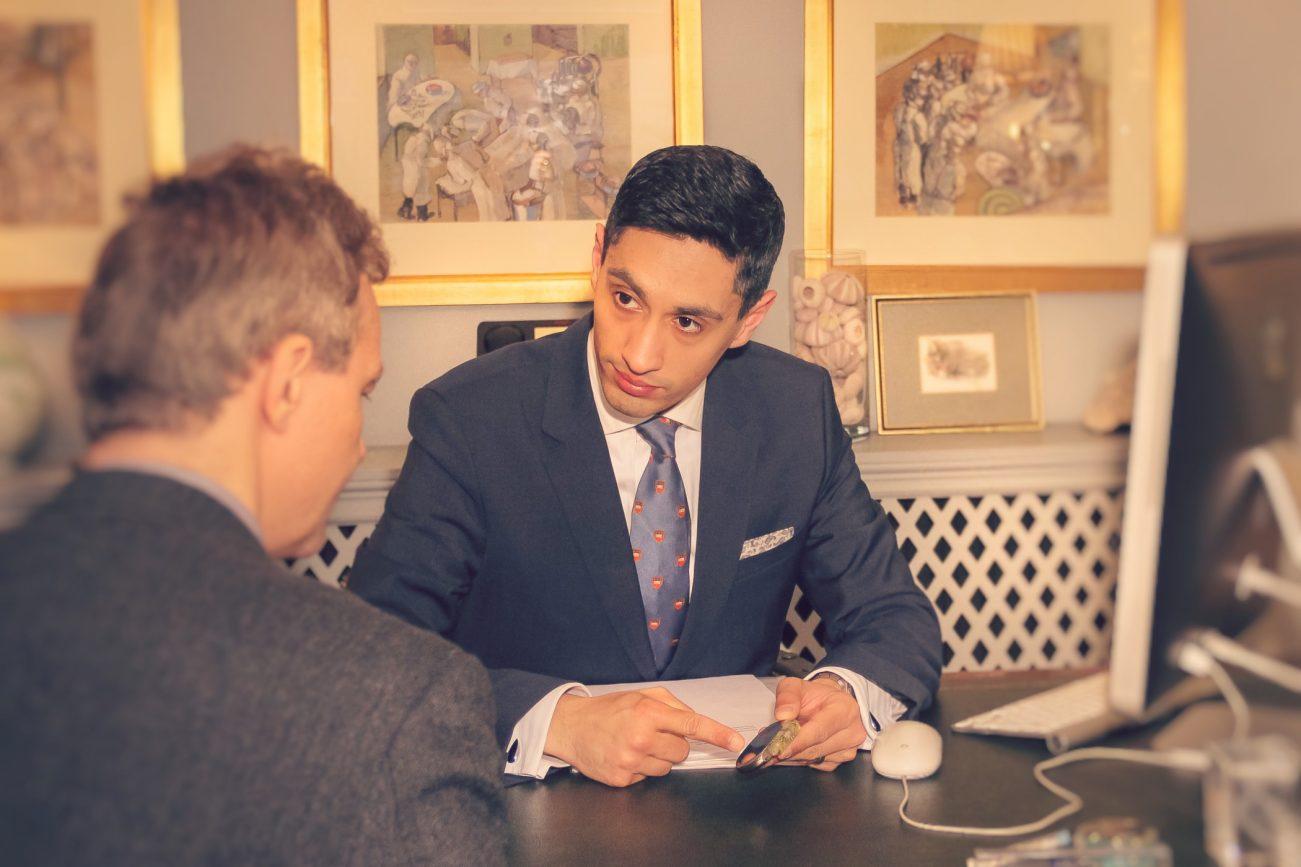 Dr Sukhjinder Nijjer explains a pacemaker